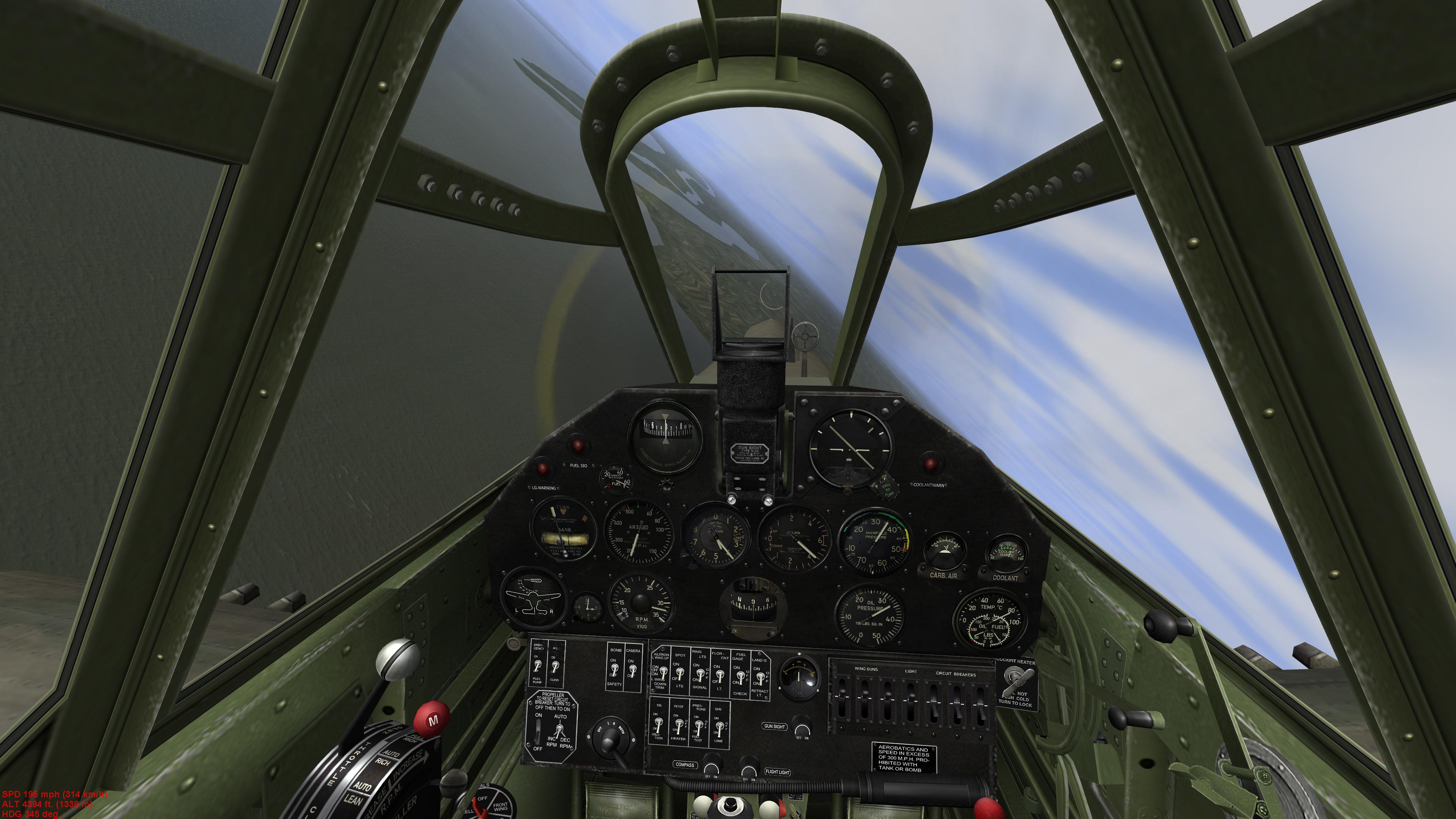 P40-E_Cockpit.jpg